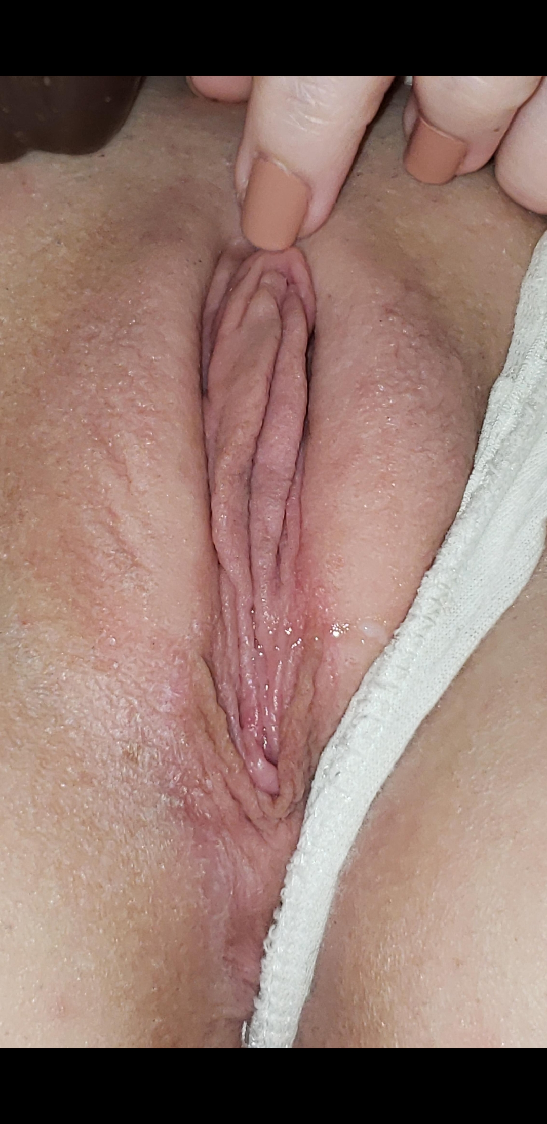 Rate my wet pussy