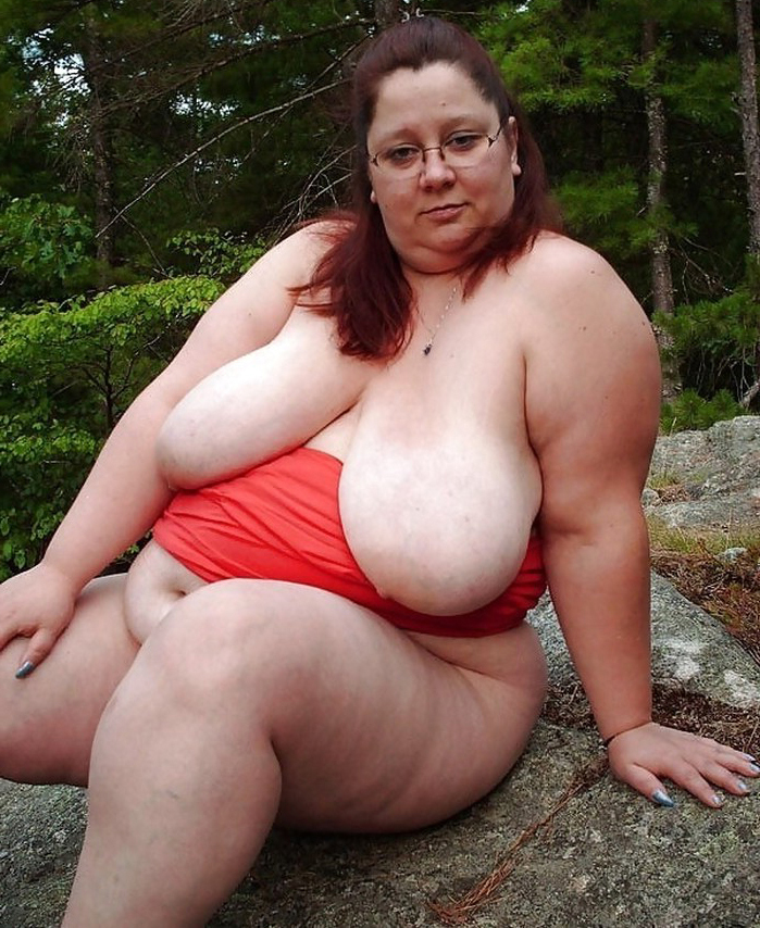 Fat naked mature housewives