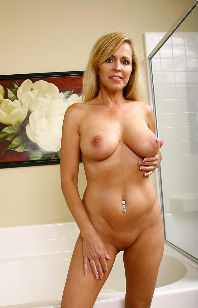 Nude mature 50 year old women