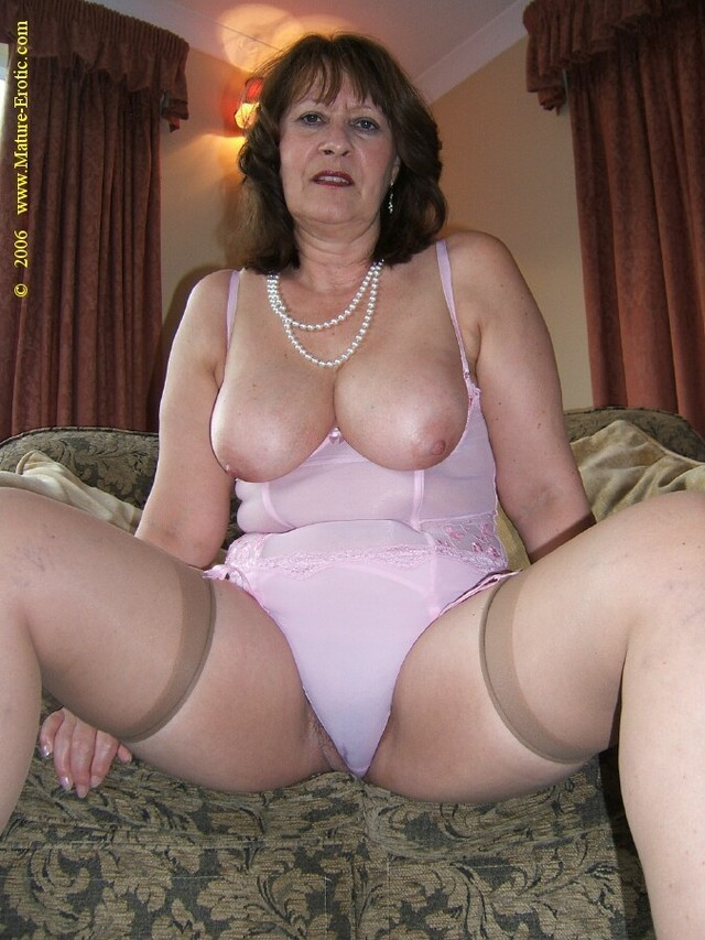 Mature older panty pussy