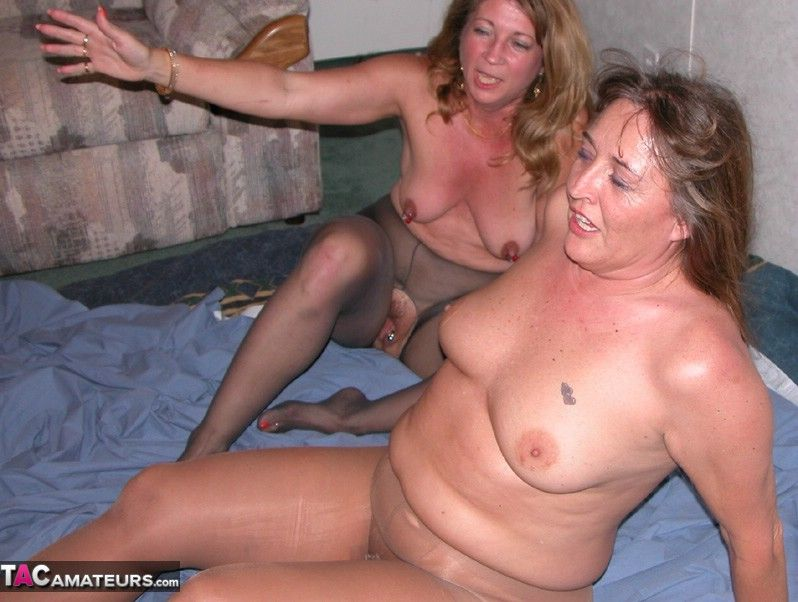 mature wife 1st blowjob hubby