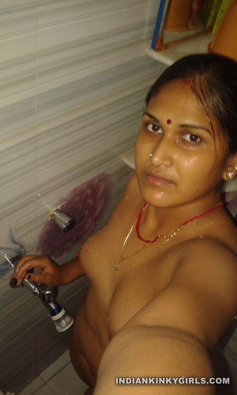 Indian housewives and girls naked