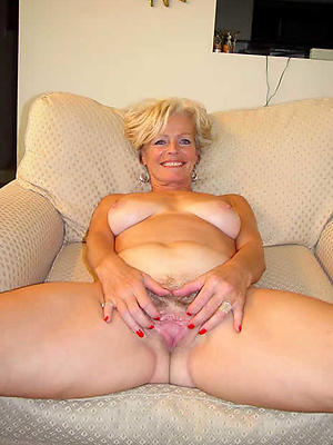 Solo matures naked